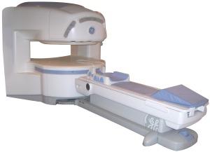Открытый МРТ томограф